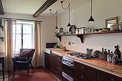 Luxuriöses Steinhaus mit Schwimmbad zum Verkauf im Piemont - Kitchen area