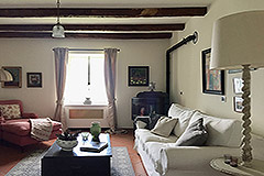 Luxury Stone Property with Swimming Pool for sale in Piemonte - Living area