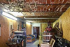 Luxuriöses Steinhaus mit Schwimmbad zum Verkauf im Piemont - Storage area