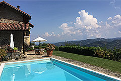 Luxury Stone Property with Swimming Pool for sale in Piemonte - Panoramic views
