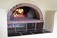 Organic Farm for sale Piemonte - Pizza oven