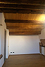 Due case di paese in vendita in Piemonte - Exposed wooden ceiling