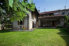 Restored Langhe Stone House and Guest Apartment for sale in Piemonte Italy - Beautiful renovated stone property with apartment situated in a quiet position close to village facilities