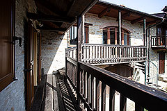 Restored Langhe Stone House and Guest Apartment for sale in Piemonte Italy - Balcony