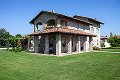 Lussuosa proprietà in vendita in Piemonte - Luxury Property for sale in Piemonte.