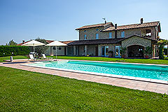 Luxury Property for sale in Piemonte. - Back view