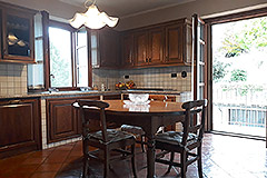 Character Country Home for sale in the Langhe Piemonte - Kitchen