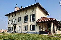 Lussuosa proprietà in vendita in Piemonte - Front garden