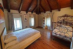 Lussuosa proprietà in vendita in Piemonte - Spacious bedroom
