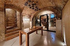 Lussuosa proprietà in vendita in Piemonte - Wine cantina