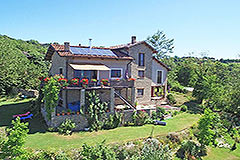 Restored Langhe Stone Farmhouse  in Piemonte - Panoramic position