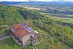Restored Langhe Stone Farmhouse  in Piemonte - Private location