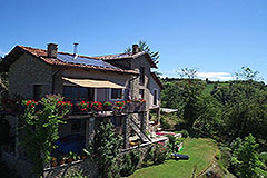 Restored Langhe Stone Farmhouse  in Piemonte - Front view