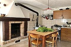 Italian Farmhouse for sale in Piemonte - Kitchen