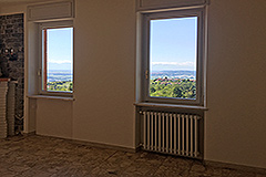 Spacious apartment with spectacular views for sale in Barolo - Interior