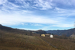 Part Restored Stone Farmhouse with Barn for restoration for sale in Piemonte - Rural position