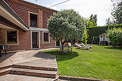 Italian Farmhouse for sale in Piemonte - Barn with exposed brick