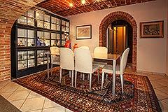 Italienisches Bauernhaus zum Verkauf im Piemont - Dining area