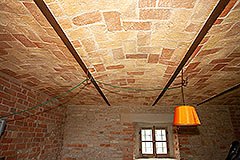 Italian Farmhouse for sale in Piemonte - Vaulted ceiling