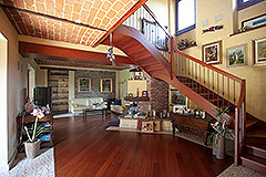 Luxury Country home for sale in Piemonte - Exposed brick ceiling