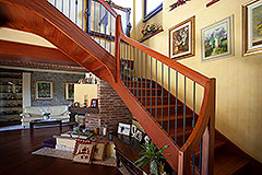 Luxury Country home for sale in Piemonte - Wooden stairs