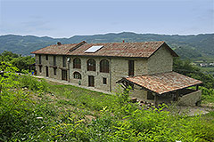 Restored Langhe Stone farmhouse for sale in Piemonte - Renovated  Stone House with flexible accommodation, wonderful views and tranquil location
