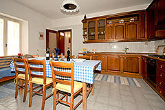 Farmhouse for sale in Piemonte Italy - Kitchen area