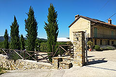 Restored Country House for sale in Piemonte - Side view