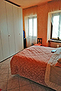 Village house in prestigious Barolo Town - Bedroom