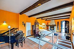 Restored Character House within its own Wine Estate - Spacious living area