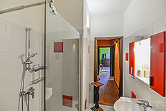 Restored Character House within its own Wine Estate - Bathroom