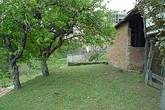 Italian village house for sale in Piemonte. - Garden area