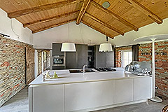 Restored Langhe Stone Farmhouse with barn for renovation - High quality kitchen