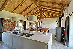 Restored Langhe Stone Farmhouse with barn for renovation - Kitchen dining area