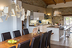 Langhe Stone Farmhouse with Infinity Swimming Pool - Dining area kitchen