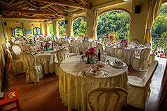 Country Estate  for sale in Piemonte Italy - Guest dining area
