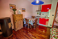 Country Estate  for sale in Piemonte Italy - Guest kitchen area