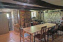 Cascina in pietra in vendita in Piemonte - Dining area
