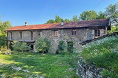 Group of Langhe Stone Properties for sale in Piemonte Italy - Independent guest accommodation