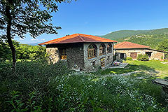 Group of Langhe Stone Properties for sale in Piemonte Italy - Panoramic position