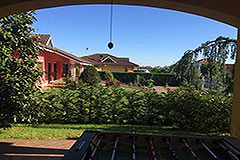 Detached villa in a residential area with large garden and swimming pool. - Gardens