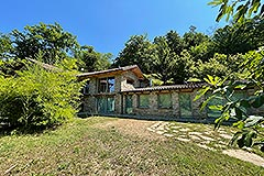 Luxury Restored Stone House for sale in Piemonte - Luxury Restored Langhe Stone House <br />