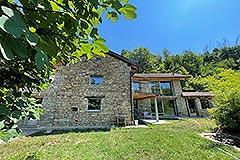 Luxury Restored Stone House for sale in Piemonte - Gardens