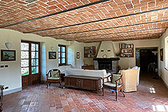 Two Restored Country Houses for sale in Piemonte - Interior
