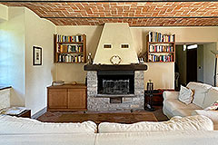 Two Restored Country Houses for sale in Piemonte - Kitchen
