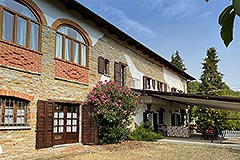 Country Estate and Vineyard - Arched windows