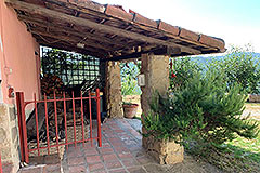 Two Country Houses for sale in the Langhe Hills - Terrace